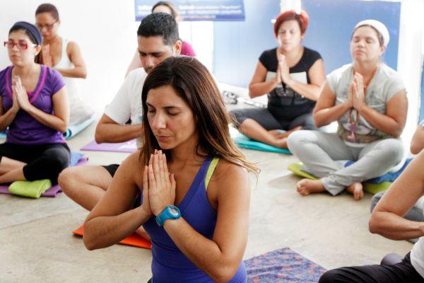 Taller-conferencia: Bienestar Absoluto… de la meditación a la acción
