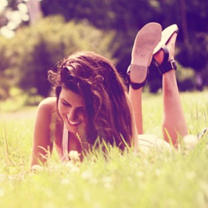 Laying-in-grass1