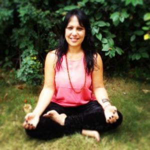 Práctica personal de yoga: un compromiso contigo mismo