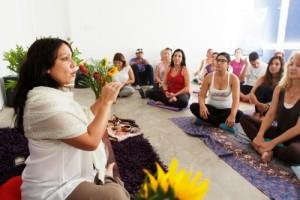 Grupo_yoga_rendirse