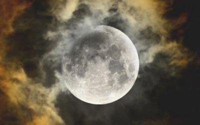 Luna Llena en Libra Abril 2020